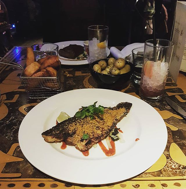 Finally used the voucher that @katarzynahaddaway got me for Valentine's day! 3 course meal and cocktail @shakazulucamden. The main course of sea bass was 👌